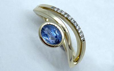 9223--Ring-Safir,-Brill